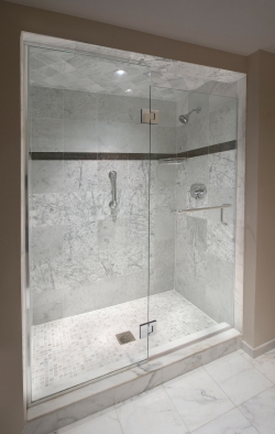 Walk in shower luxury hotel punta gorda